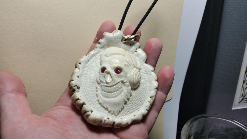 an update. the circonflexes pendant with Ruby eyes