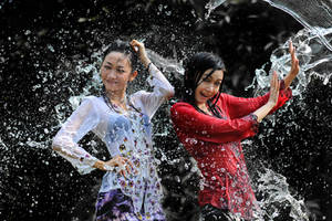 Splashing Fun - 2 by SAMLIM