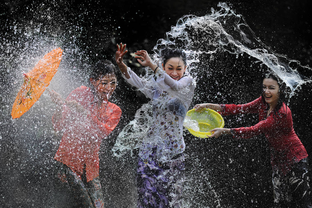 Splashing Fun - 35 by SAMLIM