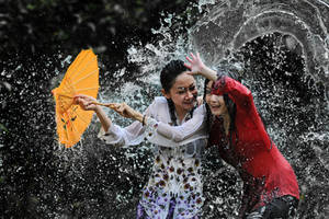Splashing Fun - 39 by SAMLIM