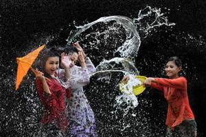 Splashing Fun - 43 by SAMLIM