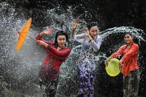 Splashing Fun - 45 by SAMLIM