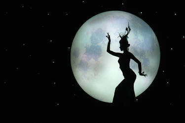 Midnight Dancer by SAMLIM