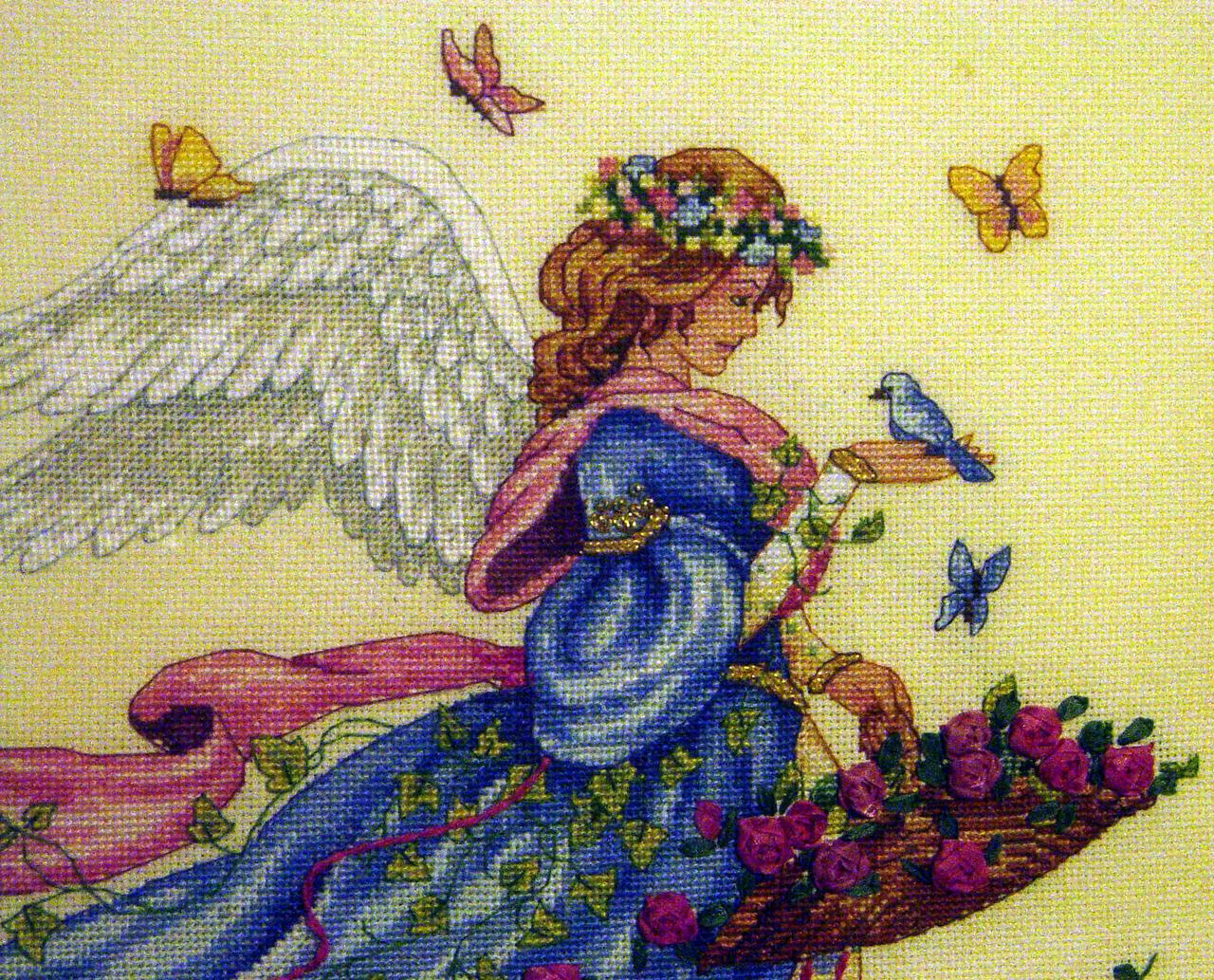 Вышивка крестом Ангел с кроликом - купить в интернет 21