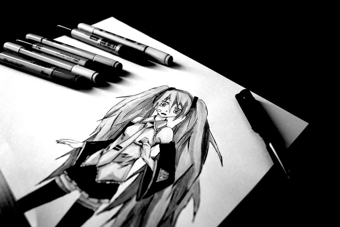Mikuuu by DragoRaven
