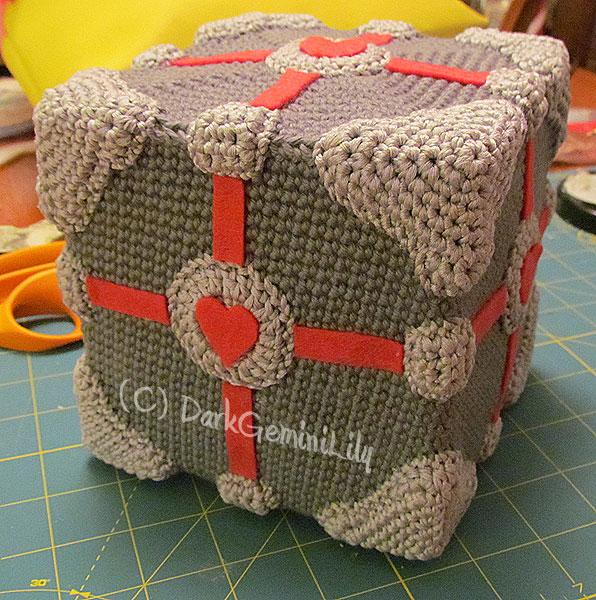 Amigurumi Portal Companion Cube by DarkGeminiLily