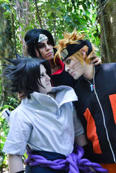 NOW KISS sasuke and Naruto