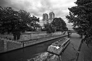 Notre Dame et La Seine by jpgmn