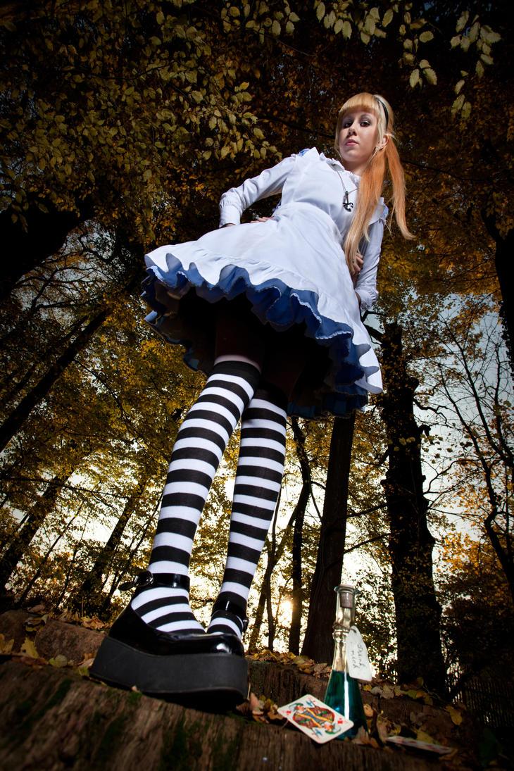 Go ask alice when she s ten feet tall by fillegrotesque on deviantart