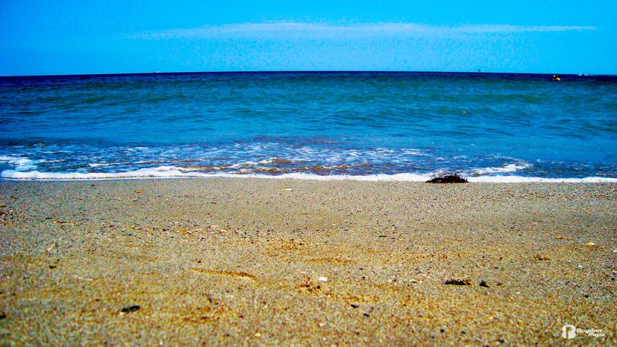 Calm Sea by bogdanpopa on deviantART