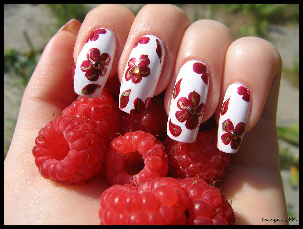 Raspberry -nail-art -2 by Shangova