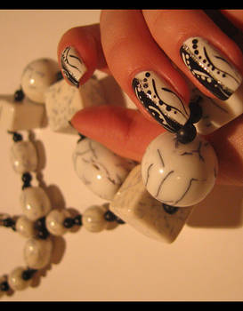 blackANDwhite love-7 -nail-art