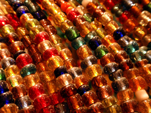 Beads 01 by stockimagine