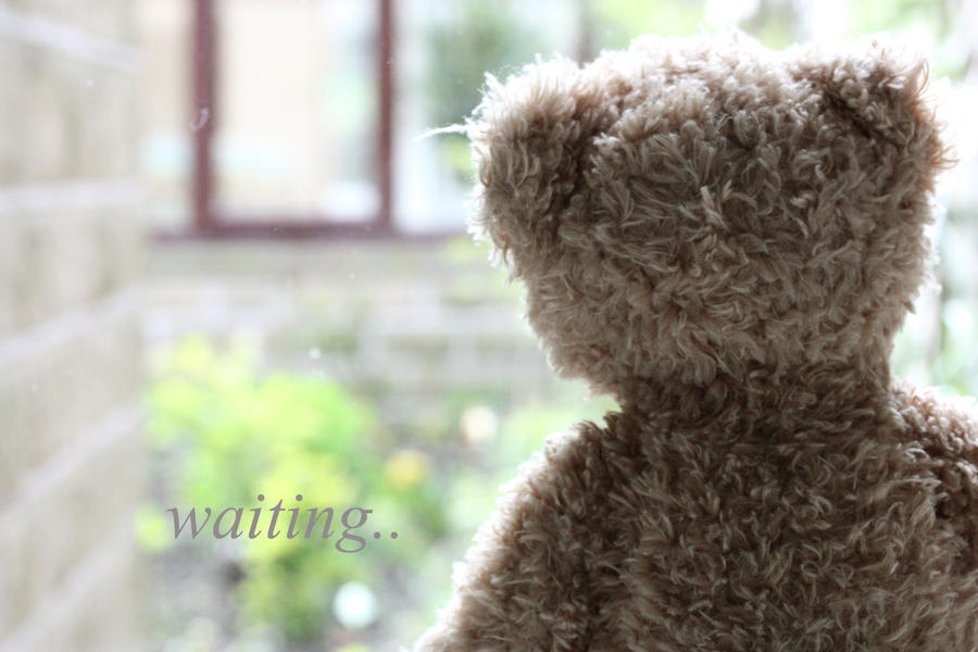 waiting by tasharose