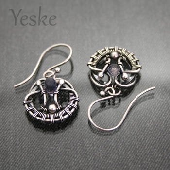 Sinine II | Cute wire-work earrings with iolite by YeskeCrafts