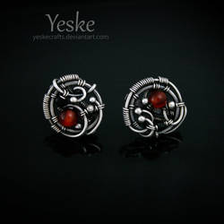 Icara | Asymmetrical wire-work post earrings II by YeskeCrafts