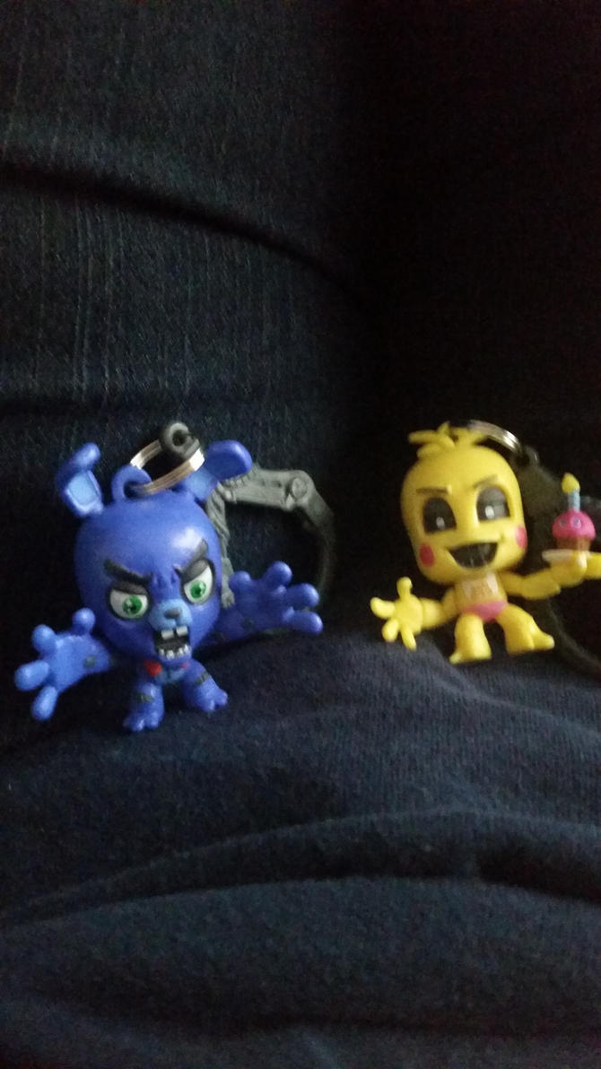 Bonnie and Toy Chica by MonsterMJFan