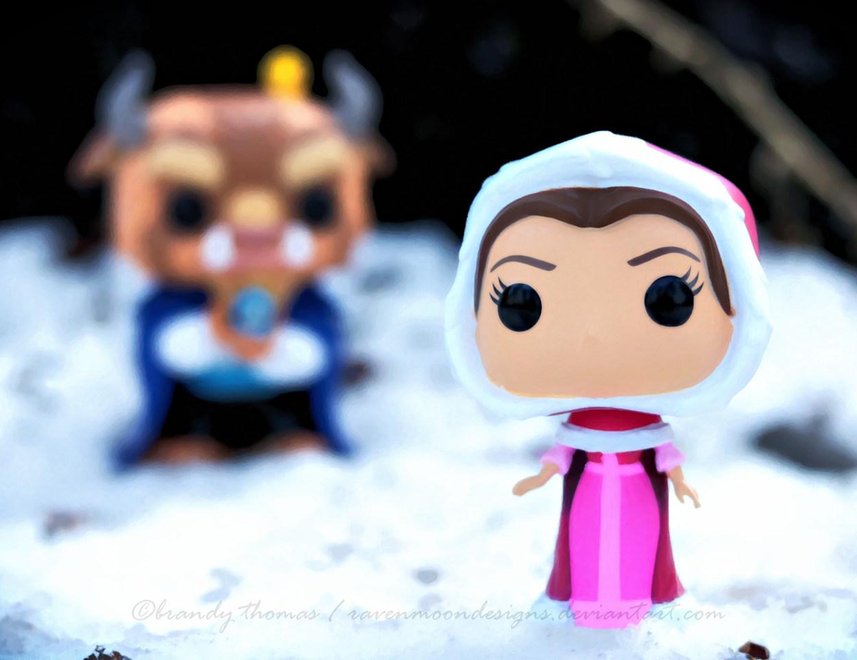 Focused on Belle by RavenMoonDesigns