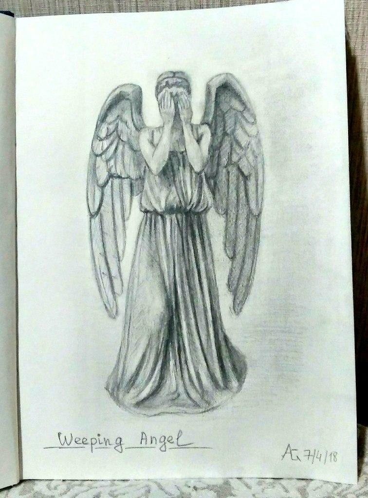 Weeping Angel by FemochkO-Ferry