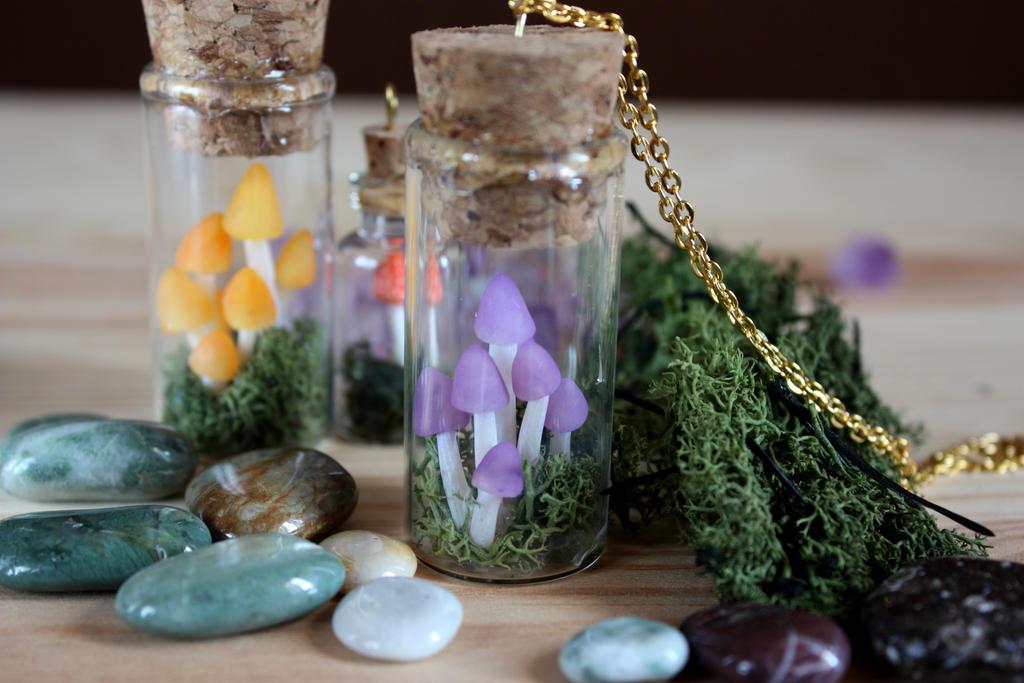 Another mushroom pendant :) by MerryGreenKiwi