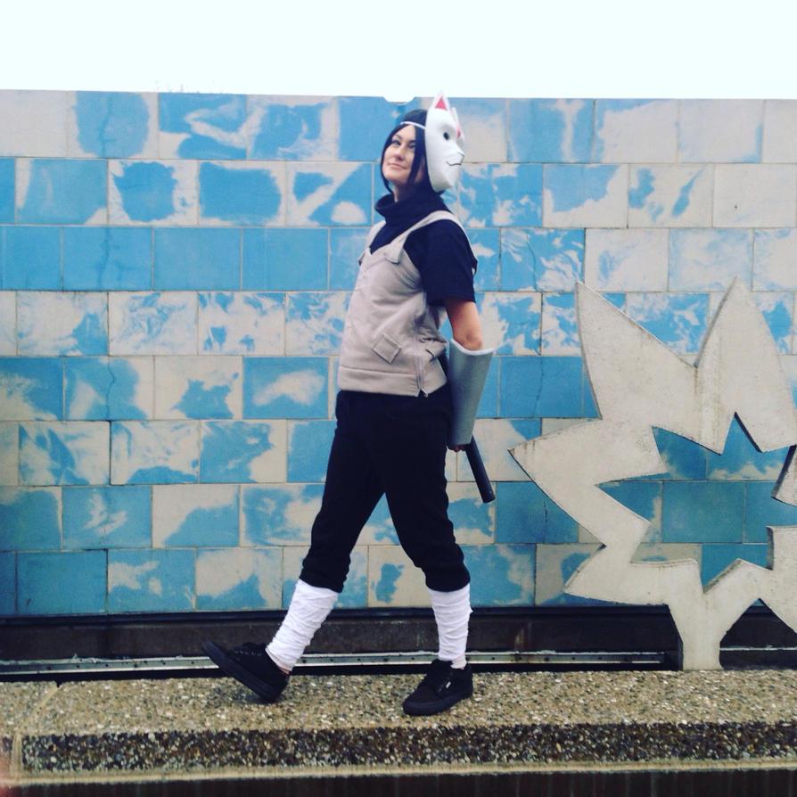 Anbu Itachi Uchiha takeing a lil stroll by mandychan00