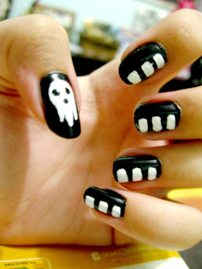 Soul Eater Videos/Pictures - Page 2 Nail_art__death_the_kid_by_lelemj-d3i2rb4
