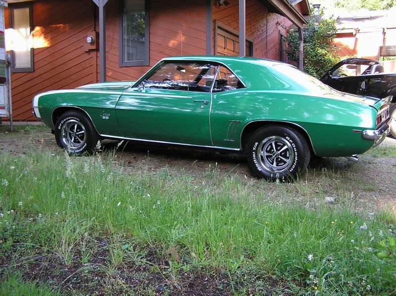 '69 Camaro by AaronBoy