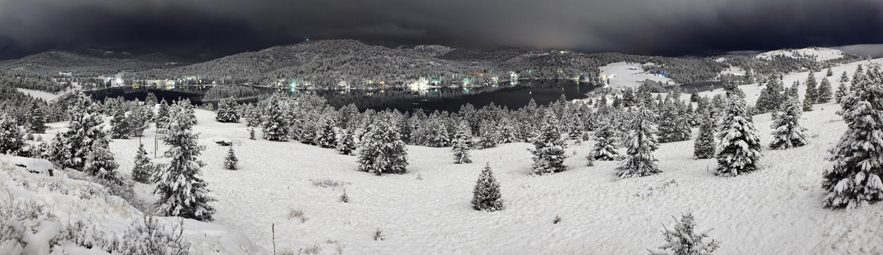 Foys Lake winter pano