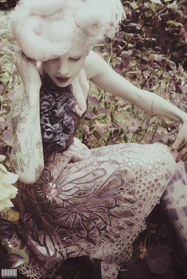 Violet Poison by Nadixe