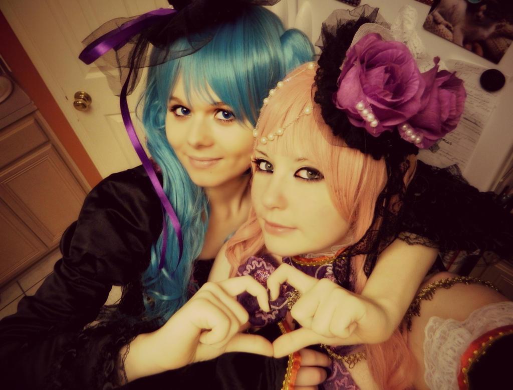 Miku and Luka - HEART by NaruForeverSasu