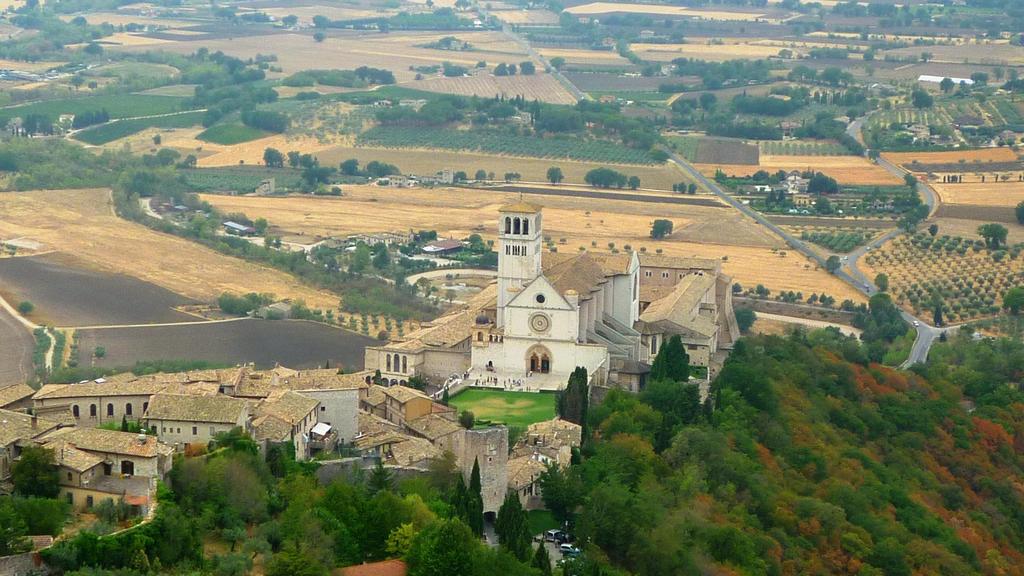 Basilica San Francesco d'Assisi by st2wok