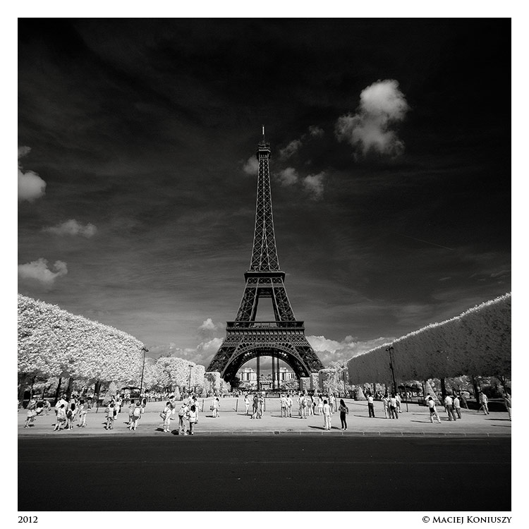 Paris IV by Maciej-Koniuszy