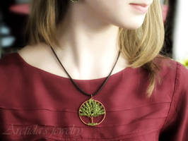 'Tree of Life' necklace by Arctida