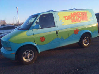 Scooby was at Kings Island by l-OliWood-l