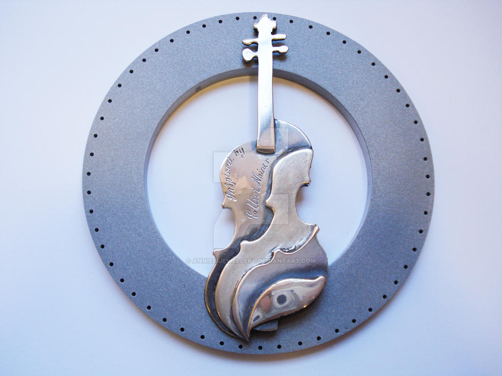 Silver Violin Medal by annielijewellery
