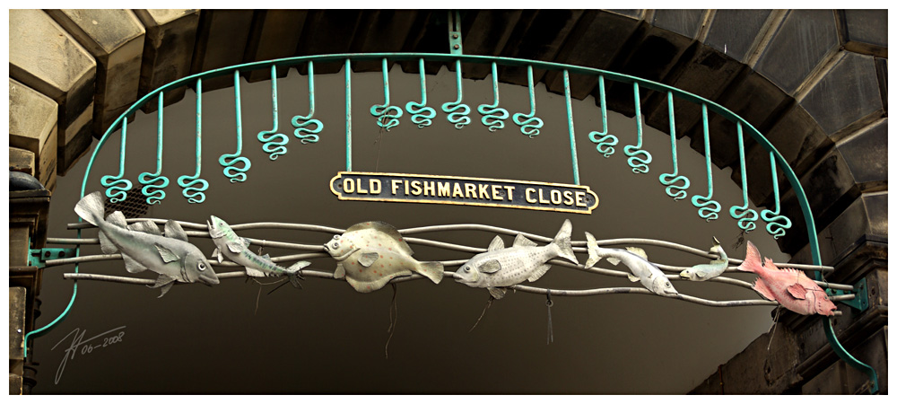 Old Fishmarket Close by janey-in-a-bottle