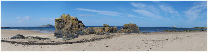 Rocky Beach by janey-in-a-bottle