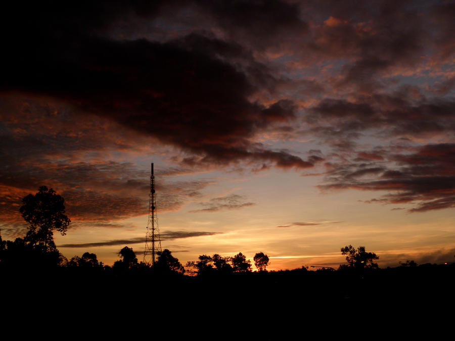 Sun rising.. by Derek7