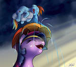 Smiling Twilight Sparkle and Crying Rainbow Dash