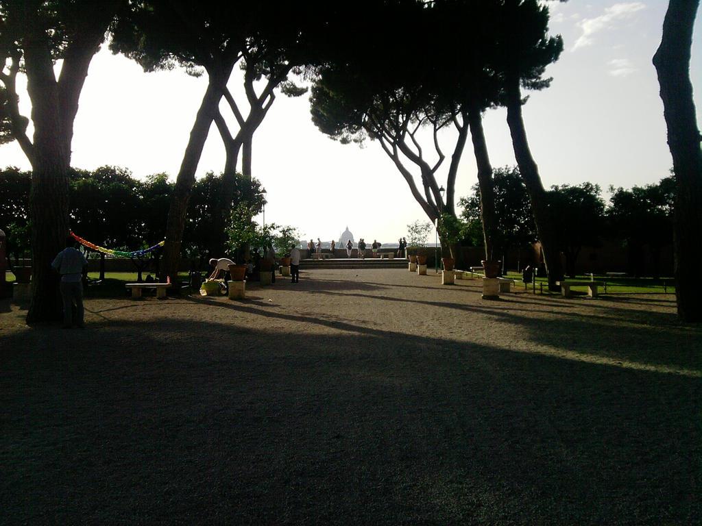 park by Larcheex-Clicexia
