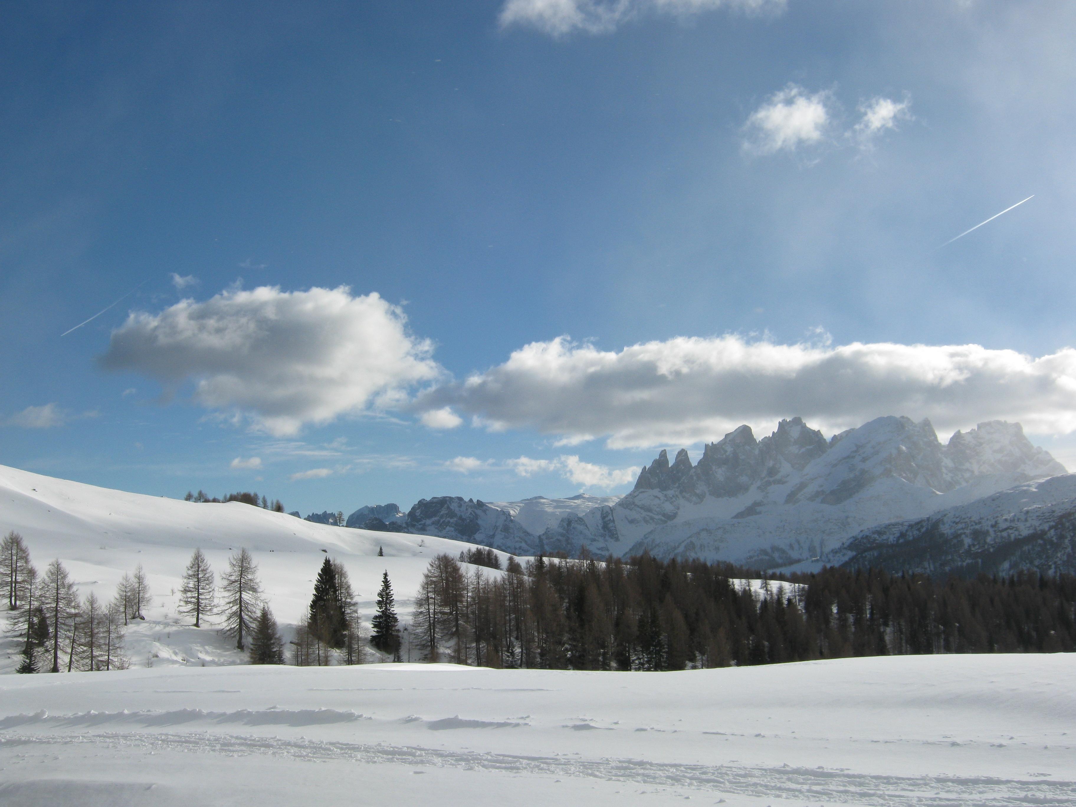 snow land by Larcheex-Clicexia