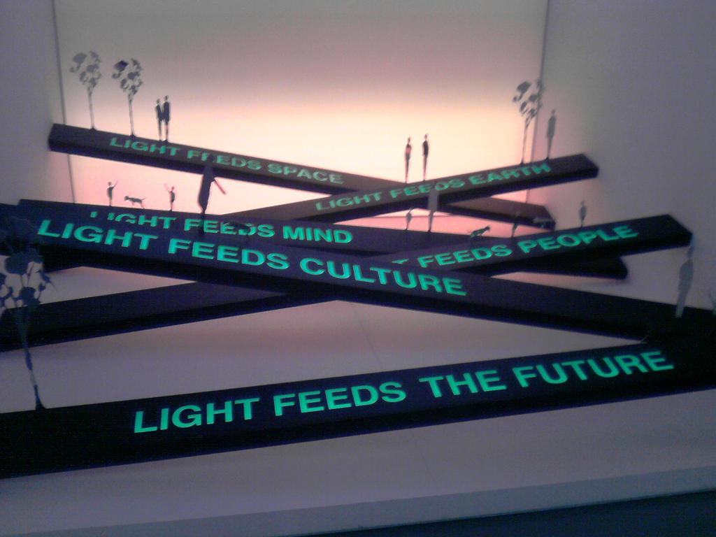 Light feed... by Larcheex-Clicexia