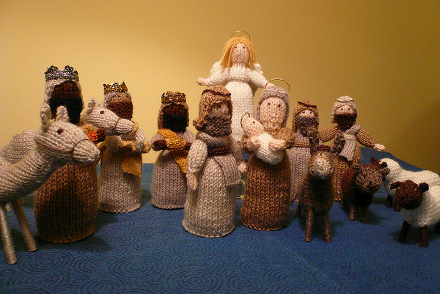 Knitted Nativity Set - I need your help! by KnitLizzy on DeviantArt