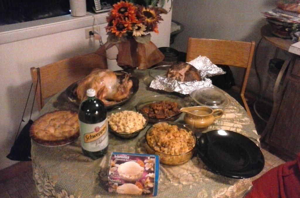 Thanksgiving Dinner by OscarK9