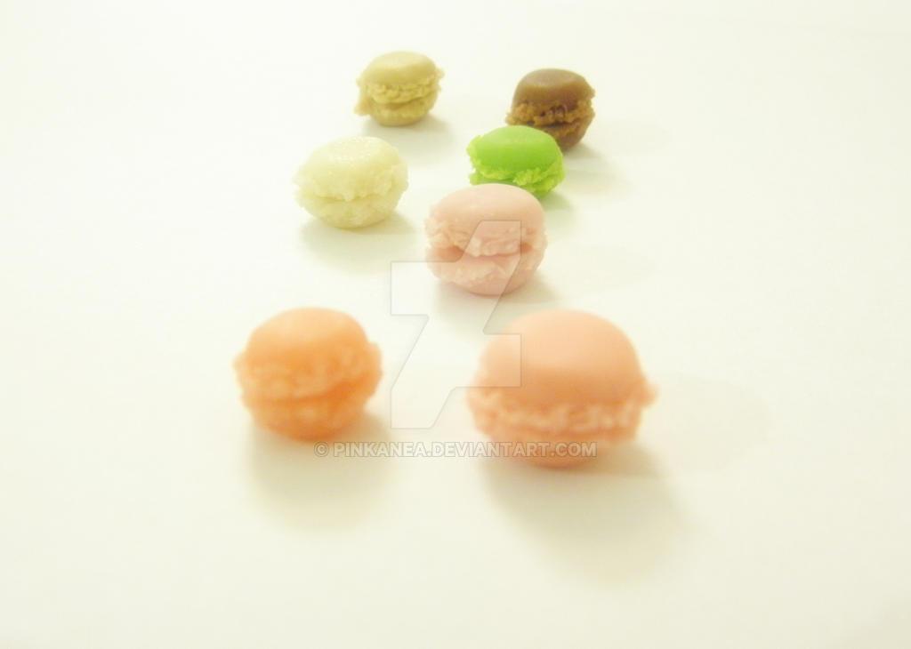 Polymer Clay Macarons by Pinkanea