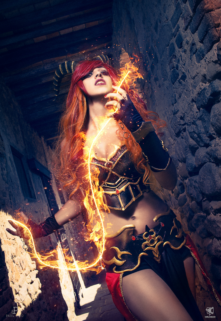Draconian original  cosplay by Crystal Emiliani by LauraCrystalCosplay
