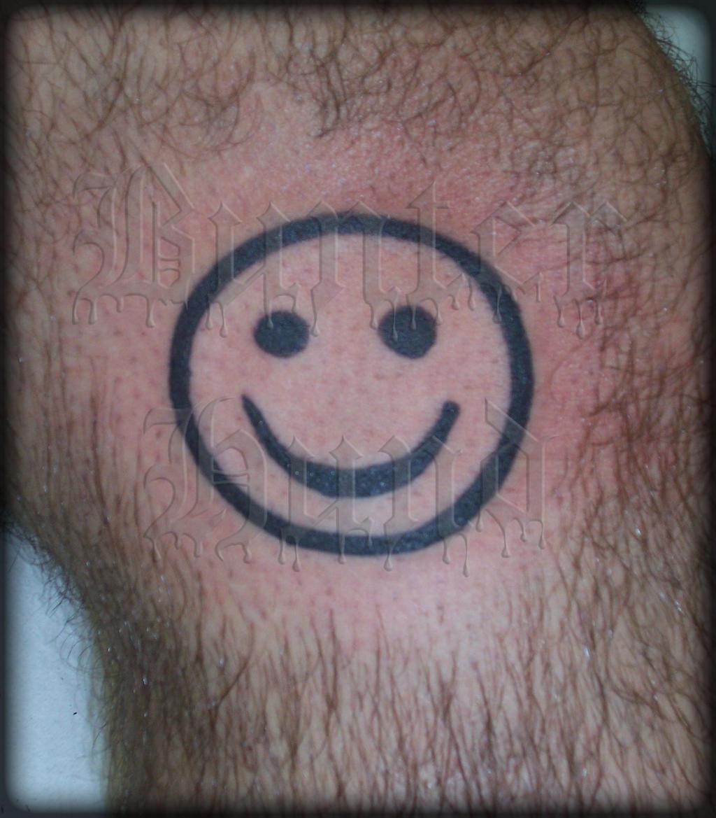 Tattoo smiley by bunterhund68 on deviantart for Smile more tattoo