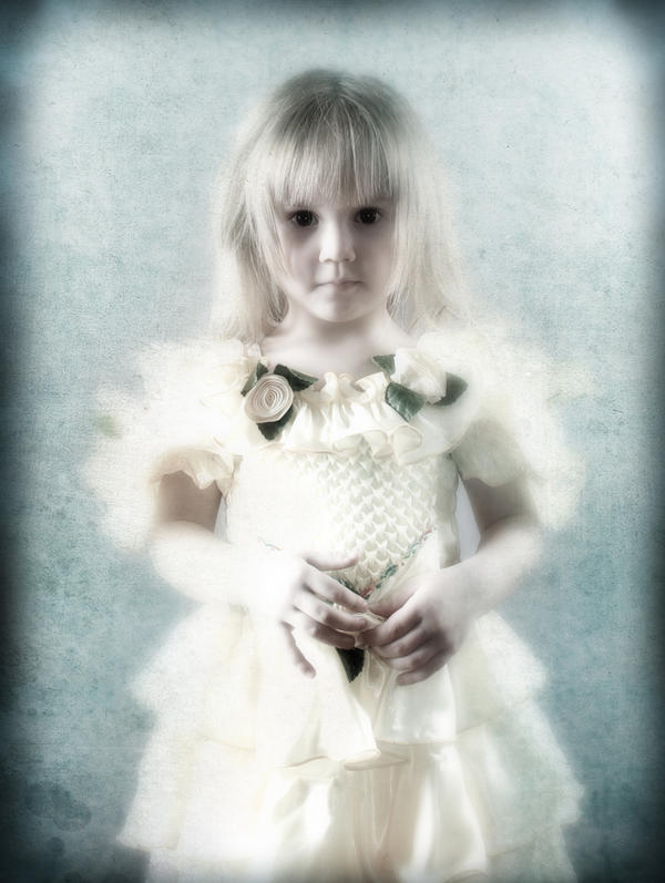girl by buzillo