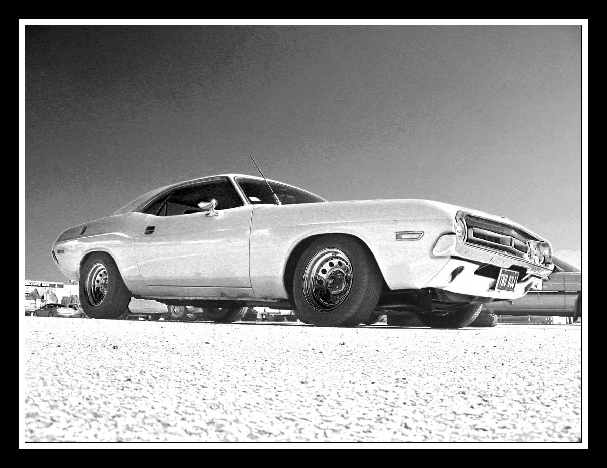Dodge challenger by moonstomp