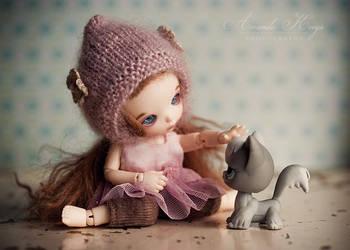 Hello by kittynn